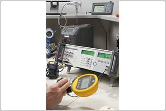 7526A Precision Process Calibrator